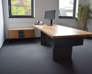 Schreibtisch + Sideboard / Eiche Massivholz