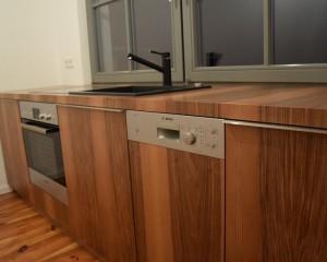 Küche / Nussbaum